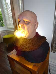 Uncle Fester Lamp